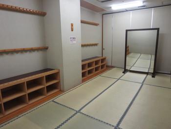 更衣室(男女あり)