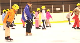 春休み短期スケート教室