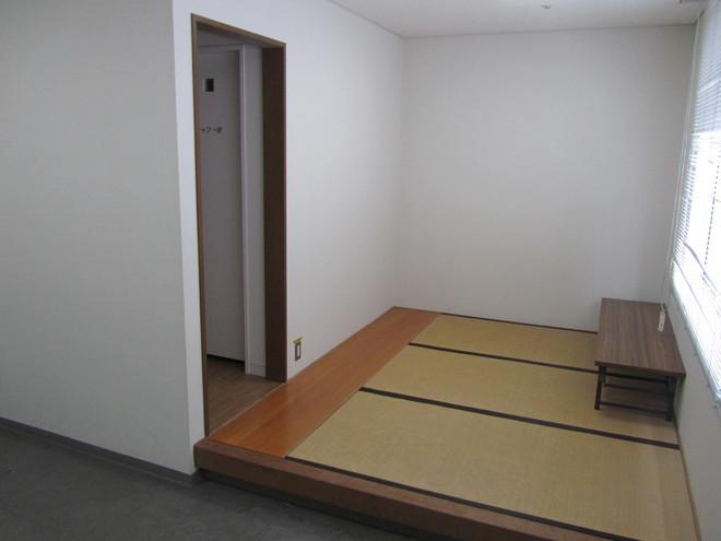審判控室・1室