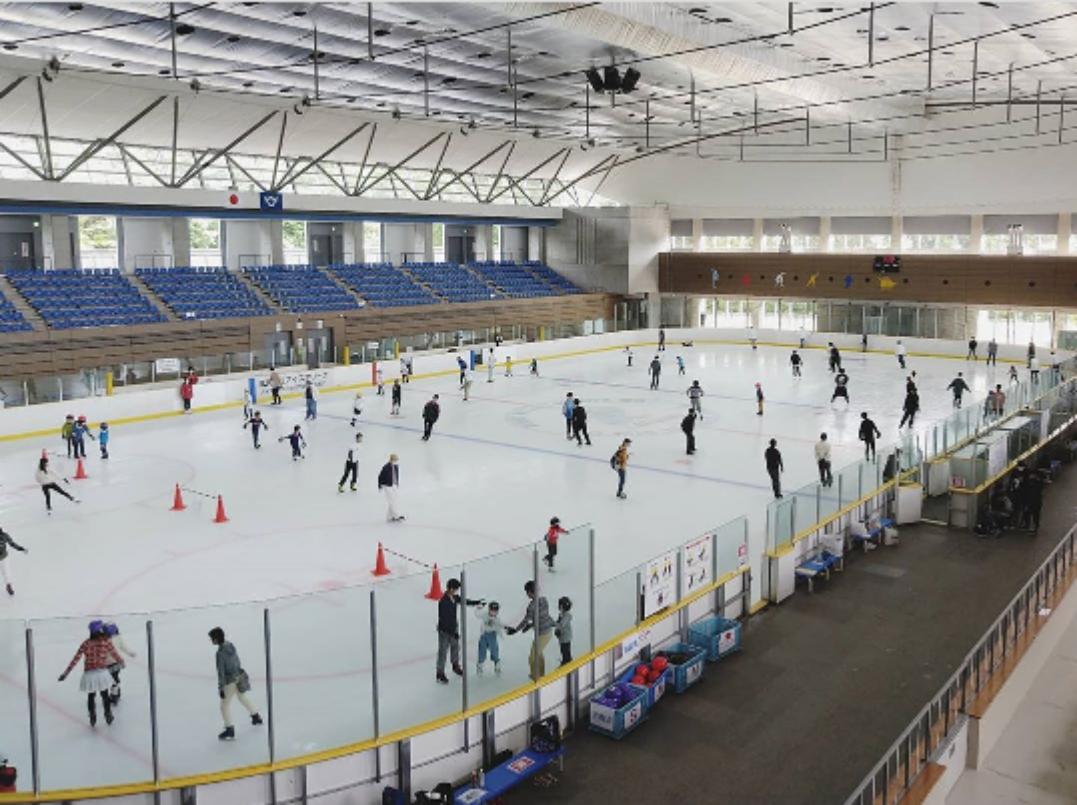 大会等開催日を除いて、一般滑走営業中 10:00~17:00